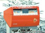 ansichtkaart  Nederlandse brievenbus in de sneeuw, postcard Dutch mailbox in the snow, Postkarte Nierderlandsche Briefkasten im