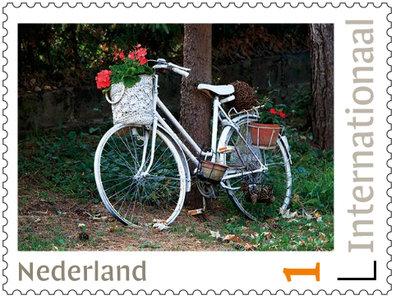 Postzegels 5 x Internationaal fiets