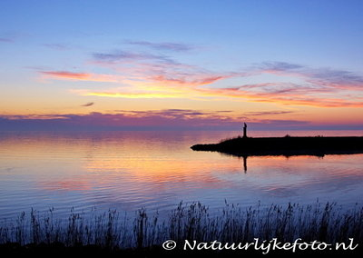 ansichtkaart IJsselmeer kaart, postcard Sunrise at the lake, Postkarte IJsselmeer auf dem Dam